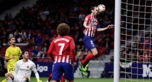 Atletico Madrid giành chiến thắng từ sai lầm của đối thủ