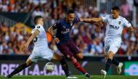 Cú hat-trick của Aubameyang giúp Arsenal có trận thắng nhàn hạ